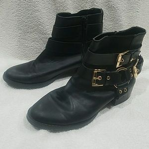 Forever 21 Black Ankle Woman's Boots Size 7